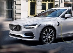 Volvo becomes the first major car manufacturer to go all electric